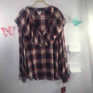 Mossimo Supply Co. XXL grey plaid top with ruffle